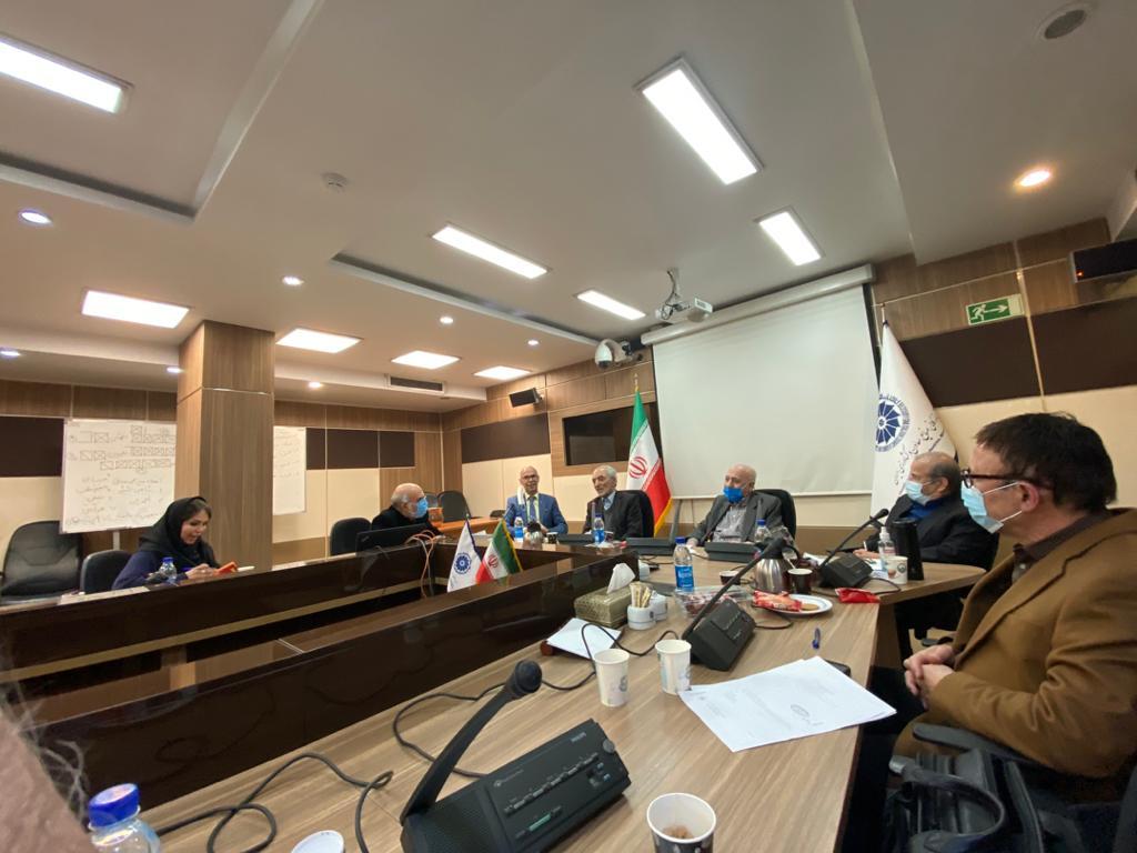 اولین جلسه هیئت مدیره منتخب بعد از مجمع در طبقه هشتم سالن جلسات اتاق ایران برگزار گردید